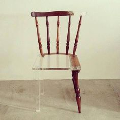 chair - glass and wood // Stuhl aus Holz und Glas / Acryl: