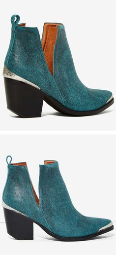 For The Cowgirl In Me: Love these Teal Booties