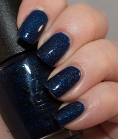 Lacky Corner: Reader's Choice - OPI Give Me Space