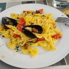 ������ #food #foodlovers #foodpic #foodgasm #pasta #fish #mood #lunch #break #picoftheday #photooftheday #nofilter #vsco #tagforlikes #likeforlike #like4like #l4l http://w3food.com/ipost/1526059280956306058/?code=BUtptSjlrKK
