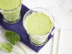 Smoothie mit Spinat und Mango