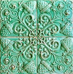Pretty green tile