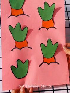 10 Easy DIY For Kids – Paper Craft Ideas – Carrot Are you looking for some Paper Craft Ideas? Fun crafts activities are important for kids intellectual development, which can improve kids hands-on ability Fun Craft, Cute Crafts, Craft Activities, Easy Crafts, Diy And Crafts, Craft Ideas, Easy Diys For Kids, Paper Plate Crafts For Kids, Diy Papier