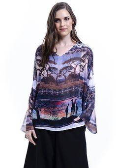 350237e6f1 Blusa 101 Resort Wear Tunica Plus Size Estampada Animal print Africa Marrom