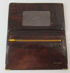 VINTAGE BROWN LEATHER BIFOLD WALLET PURSE R11256 For more pictures of the same please visit any of my blogs: Tumblr  link   http://sangriasuzie.tumblr.com/ Wordpress blog link  http://sangriasuzie.org/ http://stores.ebay.co.uk/Sangriasuzies-Emporium http://www.sangriasuzie.com/ If any of the  items pictured in this blog/pin take your fancy they can be bought from one of the above addresses.  Or e-mail me at drobertshq@hotmail.com   if you need more info.