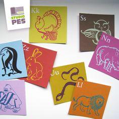 Typografické+PEXESO+-+abeceda+zvířátek+Autorské+typografické+pexeso+jistě+zabaví+děti+i+dospělé.+Děti+si+procvičí+abecedu+a+dospělí+mohou+studovat,+jak+jsou+zvířátka+seskládána+z+písmenek.++Kartonová+krabička+obsahuje+52+kartiček+o+rozměru+5,5+x+5,5+cm.+Oboustranný+tisk+na+křídovém,+matném+papíře+o+gramáži+250+g/m.++Pozn.:+Etiketa+je+jen+z+horní+strany+... Ms Gs, Horn, Cover, Books, Libros, Book, Horns, Book Illustrations, Libri