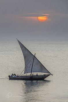 araknesharem:  ngalawa sunset by pise pinna on Flickr.
