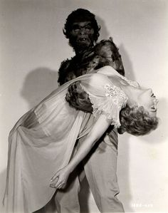 Time for the Ape of the Day! Fun fact: The Monster on the Campus ran track and excelled at the damsel tote. Sci Fi Horror Movies, Sci Fi Films, Classic Horror Movies, Scary Movies, Old Movies, Horror Art, Weird Stuff On Amazon, Classic Monsters, Classic Monster Movies