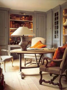 Belgian Pearls: Accents of orange My Living Room, Living Spaces, Work Spaces, Belgian Pearls, Belgian Style, Swedish Style, Home And Deco, Interiores Design, Built Ins