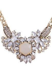 Beautiful crystal statement necklace!