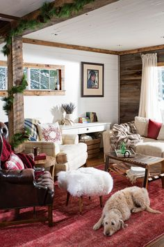A brave Montana couple reaps the rewards of taking on a mammoth renovation and ends up with a stunning with major style. Diy Cabin, Decor Design, Rustic Cabin, Cabin Interior Design, Log Home Interior, Interior Design, House Interior, Living Spaces, Cabin Interiors