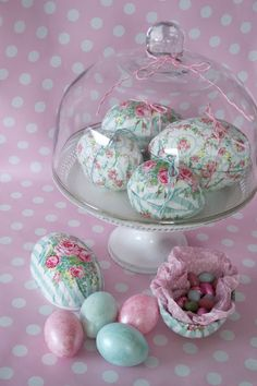 Lulufant: Green Gate decoupage Easter eggs