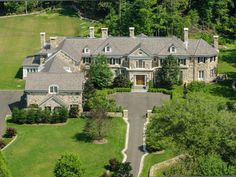 CURB APPEAL – another great example of beautiful design. 11 Langhorne Lane, Greenwich, CT 06831.