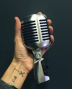Şarkı söylemek yetmeyince BAĞIRMAK duyman içindi çocuk