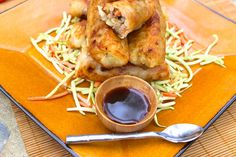 Paleo Egg Rolls (Gluten, Grain, Dairy, and Nut Free) -- with wrappers made from chopped and boiled yucca root Paleo Chicken Recipes, Gluten Free Recipes, Real Food Recipes, Cooking Recipes, Healthy Recipes, Paleo Appetizers, Savory Snacks, Nut Free, Grain Free