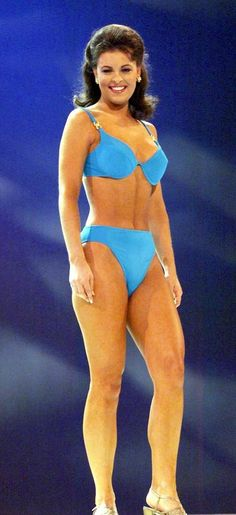 Nicole Johnson (Type 1) -- Miss America 1999