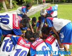 Uni Papua Fc Bali doing football practice with the Passing, heading, control & football3 http://unipapua.net/berita/uni-papua-fc-bali-doing-football-practice/