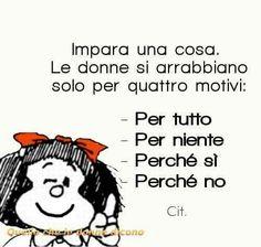 ACIDA E TREMENDAMENTE VERA... Fiorella Smart Quotes, Love Quotes, Inspirational Quotes, Snoopy, Italian Quotes, Your Smile, Funny Photos, Vignettes, Quotations