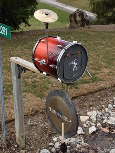 Drum mailbox - appears to be made from a real drum with gong or high hat. Let the world passing by know that you're a drummer with this little drumkit ready to collect your mail. DdO:) MOST POPULAR RE-PINS - http://www.pinterest.com/DianaDeeOsborne/drums-drumming-joy/ - DRUMS AND DRUMMING JOY - via cSw - http://www.pinterest.com/claxtonw/humor-pics/ - Interesting and humorous but useful craft project photo pin via GwynneWilde.  Re-pinned by #KNCS