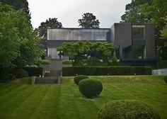 VL  location: Brussels(BE) completion: 2007 client: private program: Private House Bataille & iBens i.s.m.architecten (Koen Pauwels, architect).  concept & Design by Bataille & iBens photographs: Jean-luc Lalloux