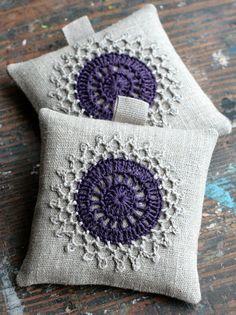 Lavender sachets crochet motif set of 2 by namolio on Etsy Granny Square Häkelanleitung, Granny Square Crochet Pattern, Crochet Motif, Small Sewing Projects, Crochet Projects, Crochet Flower Tutorial, Pillow Room, Crochet Decoration, Crochet Cushions