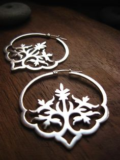 These lovely Indian-inspired floral earrings were handmade from sterling silver. gold geo ring by AMM Jewelry sparkly bracelet via Etsy Bijoux Design, Schmuck Design, Jewelry Design, Cute Earrings, Beautiful Earrings, Hoop Earrings, Jewellery Earrings, Jewellery Sale, Antique Jewellery