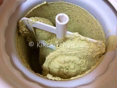 gelato al pistacchio con gelatiera Kenwood Cooking, Cooking Chef, Beautiful Fruits, Frozen Desserts, Ice Cream Recipes, Biscotti, Summer Recipes, Food And Drink, Favorite Recipes