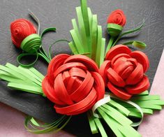 Papercraft Contest 2015 - Instructables Neli Quilling, Quilling Videos, Quilled Roses, Paper Quilling Flowers, Quilling Paper Craft, Quilling Techniques, Paper Roses, Paper Crafts, Quilling Comb