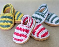 CROCHET PATTERN for cute little Stripy Espadrille Shoes for Baby. These are nice, simple shoes for boys or girls - have fun choosing some nice bright colors in soft cotton dk yarn. Or simply make them in one single color - the possibilities are endless an Baby Shoes Pattern, Shoe Pattern, Baby Patterns, Knitting Patterns, Crochet Patterns, Crochet Stitches, Crochet Baby Shoes, Crochet Baby Booties, Crochet Slippers