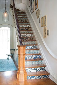 wallpapered staircase | The Inspired Home