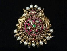 You can never beat old designer jewelry. This piece is used mainly by Bharatnatyam dancers and also used for wedding hairdo. Mom Jewelry, India Jewelry, Pearl Jewelry, Pendant Jewelry, Bridal Jewelry, Jewelery, Silver Jewelry, Silver Jewellery Indian, Indian Jewellery Design