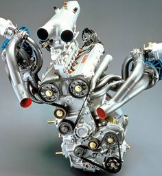 They took a 4 cylinder engine and added two turbo chargers to crank out 600hp.