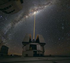 Yuri Beletsky snapped this amazing photo at ESO's Paranal Observatory. A group of astronomers were observing the centre of the Milky Way using the laser guide star facility at Yepun,