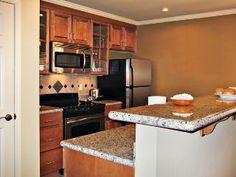 Luxury Historic Vacation Condo Near Colonial Williamsburg, Golf, & Lake