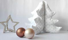 ¿Qué te parece aprovechar tus habilidades para la costura para elaborar detalles para Navidad?