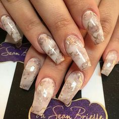 Opting for bright colours or intricate nail art isn't a must anymore. This year, nude nail designs are becoming a trend. Here are some nude nail designs. Nail Art Designs, Marble Nail Designs, Marble Nail Art, Acrylic Nail Art, Nails Design, Gold Marble, Black Marble, Sexy Nails, Hot Nails