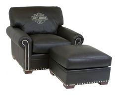 Harley-Davidson Furniture - HD-3511 Chair Harley Davidson Quotes, Harley Davidson Helmets, Harley Davidson Fatboy, Harley Gear, Harley Bikes, Harley Davidson Kleidung, Davidson Homes, Car Furniture, Harley Davison