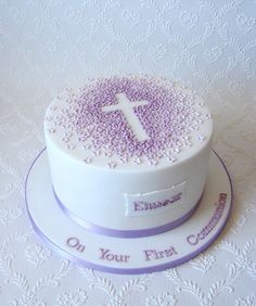 Repeat design of a First Communion I did a little while ago but with this one I did it in shades of lilac. Used my plaque cutter for the first time so delighted with how the plaque looks. I really like the simplicity of this cake design :-)