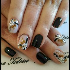 pedicure y manicure Wow Nails, Nails Now, Cute Nails, Daisy Nails, Flower Nails, Black Nail Designs, Toe Nail Designs, Nail Design Spring, Nail Pops