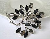 vintage tree-leaf...grandmother had a pin like this!