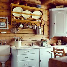 Deilig hyttekjøkken i Skåbu. #hytteliv #cabin #hyttekos #kjøkken #interiør