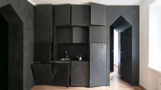 «Город в городе» в небольшой миланской квартире – проект AACM. Итальянская практика Atelier Architettura Chinello Morandi (AACM) превратила типичную однокомнатную квартиру в миланском районе Навильи в необычное уединенное убежище от шумящего мегаполиса.