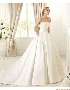 2015 Extravagante Aktuelle Moderne Brautkleider aus Satin mit Perlenstickerei
