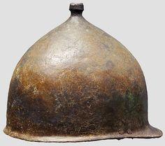 Casco etrusco-romano tipo Montefortino/Buggenum. Mediados s. I a.C.-inicios s. I…