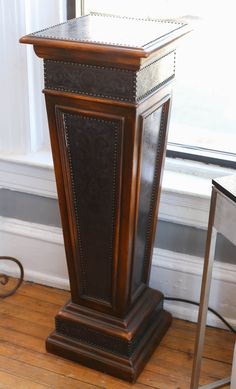 Antique Maitland Smith Pedestal.  Originally $1100, now $495 Well made and great for display. Excellent condition.