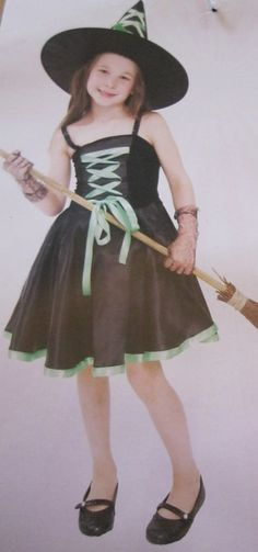 GIRLS WITCH HALLOWEEN FANCY DRESS COSTUME WITH GREEN RIBBON #DRESSFANTASTIC #CompleteOutfit