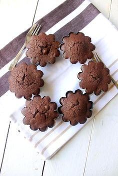 Dark Chocolate and Hazelnut Cakes