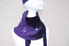 Hier ein Exemplar der Kollektion Tücher und Schals a la Till Eulenspiegel: dieses Mal ein besonders edles und elegantes Exemplar aus Wollstoff genäht - der Stoff ist violett/lila. Es gibt ein...
