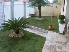 Modelos de jardins residenciais para frente de casa Decorando Casas Jardins pequenos Jardins residenciais Modelos de jardim