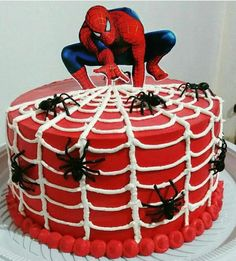 Spiderman Cake Ideas for Little Super Heroes - Novelty Birthday Cakes Birthday Cake Kids Boys, Spiderman Birthday Cake, Avengers Birthday, Superhero Cake, Superhero Birthday Party, Birthday Parties, Spiderman Theme, 4th Birthday, Cake Birthday